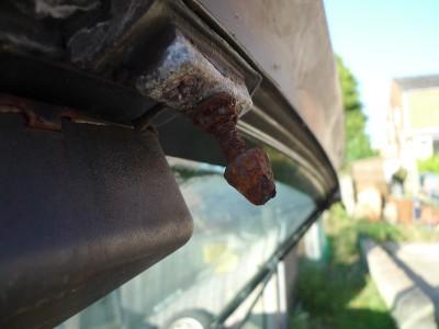 Porsche 944 seized tailgate locks