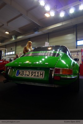 Blonde with Porsche Targa Viper Green Essen