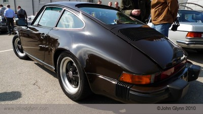 Porsche 911 SC Chocolate Brown Essen