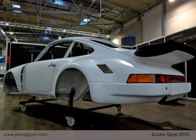 Porsche 911 RSR bodyshell Essen
