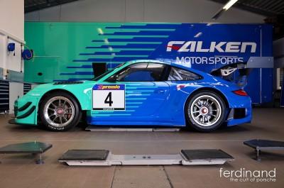 Falken Nurburgring Porsche RSR 2013 1