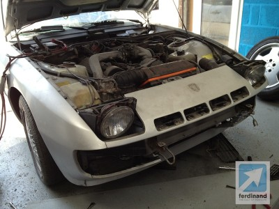 Porsche 924 Turbo restoration 3