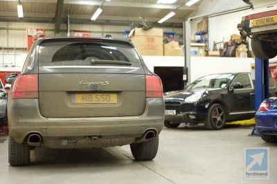 Porsche Cayenne with dirt at SVP Droitwich 1