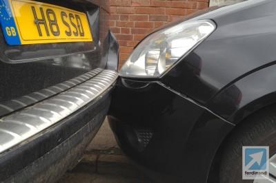 Porsche Cayenne crash bodywork damage (2)