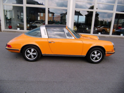 Porsche 911 T Targa for sale Signal Orange 2