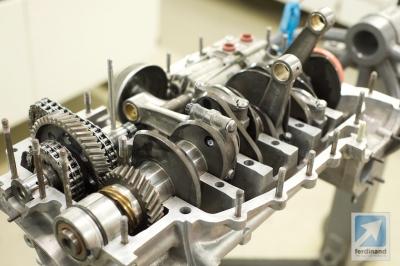 Tuthill Porsche 911 RSR crankshaft detail 3