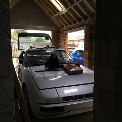 Porsche 924 Turbo restoration 2