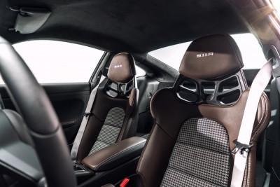 Porsche 911R Tartan Seats 2