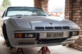 Porsche 924 Turbo Restoration Ferdinand Magazine 2