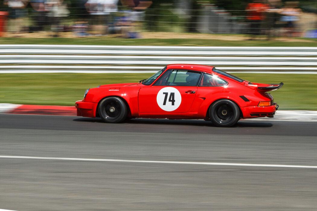 New Porsche 911 RSR race car storms nds Hatch Masters - Ferdinand on mini cooper racing, dodge dart racing, mclaren f1 racing, ford racing, corvette racing,